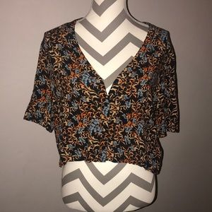 TOPSHOP Crop Button Down Top 8
